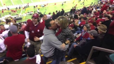 Alabama fan comes in like a wrecking ball at the Sugar