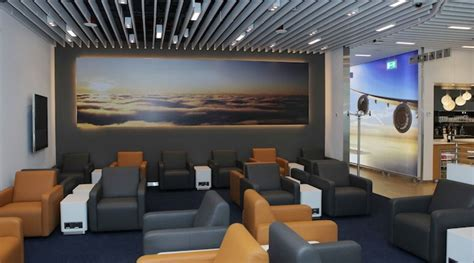 Lufthansa opens Business Class and Senator lounges at
