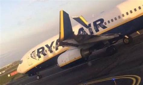 Two Ryanair planes damaged after they collide on Dublin