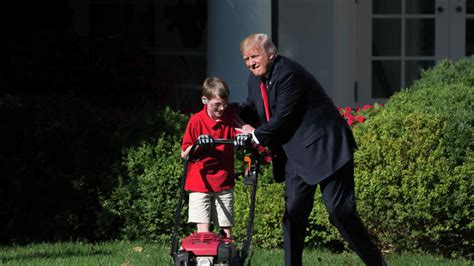 Trump lets an 11-year-old boy mow the White House lawn