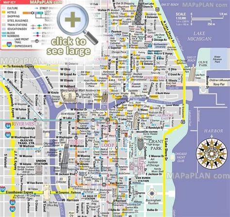 free inner city Magnificent Mile shopping malls main