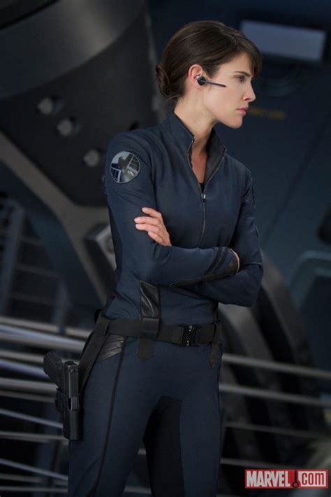 New 'Avengers' Photos: Yes, Maria Hill Can Be Stern AND