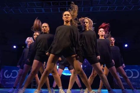 The Royal Family smash it at World of Dance Los Angeles 2015