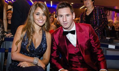 Lionel Messi Family Photos, Wife, Son, Age, Height, Siblings