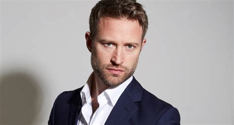 Richard Winsor to lead cast of Saturday Night Fever UK and